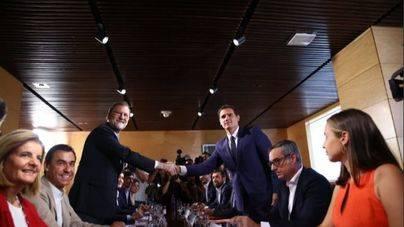 PP y Ciudadanos sellan su pacto de investidura
