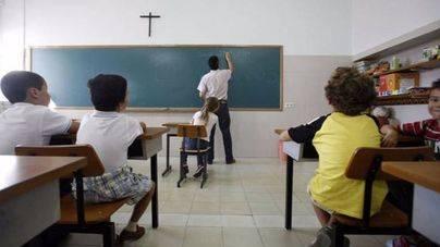 March achaca el conflicto de los profesores de religión a