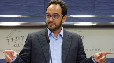 El PSOE no descarta un pacto PP-PNV