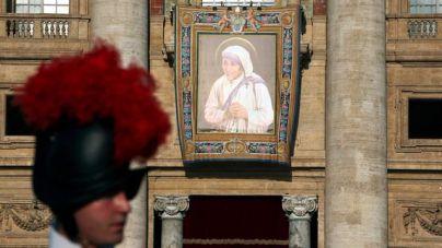 El Papa proclama santa a la Madre Teresa de Calcuta