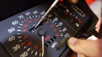 Una red manipula cuentakilómetros en la venta de coches de segunda mano