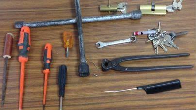 2 detenidos con múltiples antecedentes por robos en casas y naves de Son Ferriol