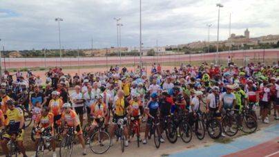 El mundo del ciclismo de la isla guarda un minuto de silencio en recuerdo de Biel Llull
