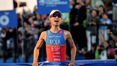 Mario Mola se proclama campeón del mundo de triatlón