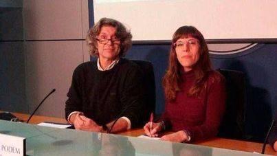 Bachiller y la diputada de Podem, Laura Camargo, en una imagen de archivo
