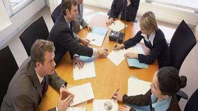 Los psicólogos de Balears alertan sobre la masculinización de varios oficios