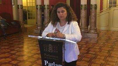 Un 92% de los lectores creen que Pilar Costa debe dimitir
