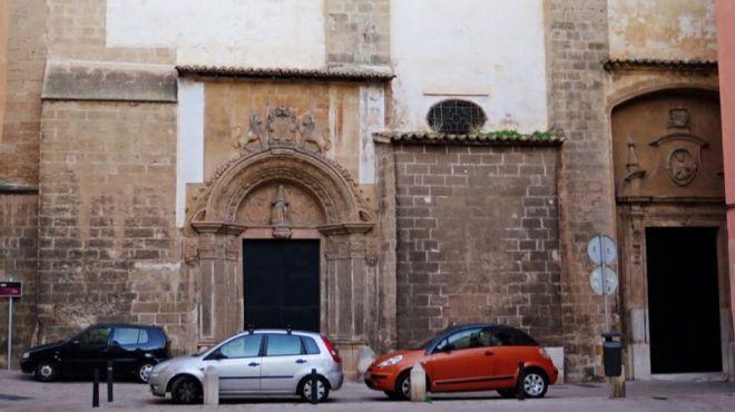 Puerta del Convento de las Jerónimas