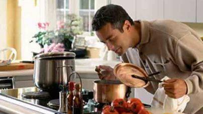 El 85% de mujeres asegura que le exicita ver a un hombre cocinar