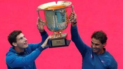 Nadal y Carreño ganan el Abierto de China en dobles