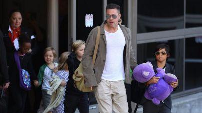 Brad Pitt se reencuentra con algunos de sus hijos