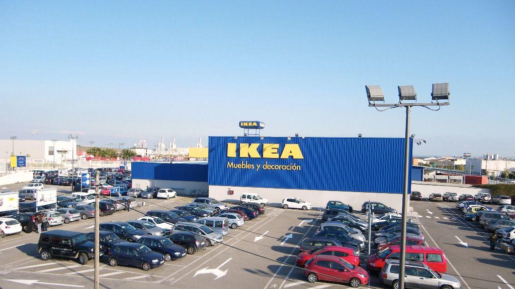 Ikea transforma su tienda de palma for Ikea piscinas hinchables