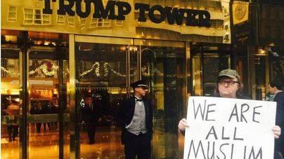 Michael Moore estrena por sorpresa una pel�cula contra Donald Trump