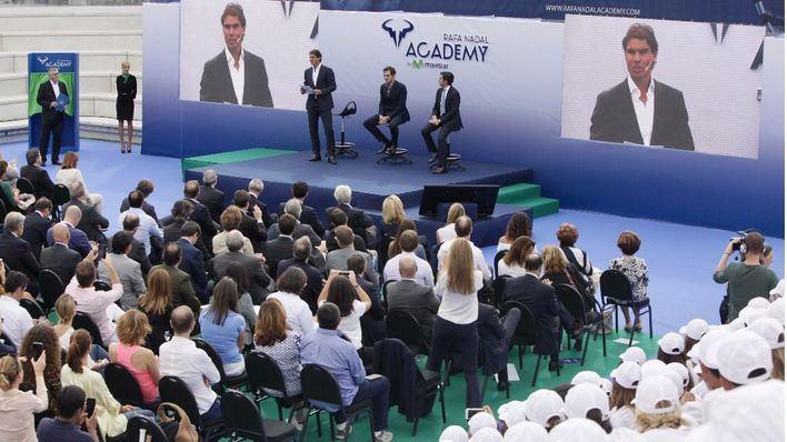 Rafa Nadal inaugura su academia internacional de tenis en Manacor