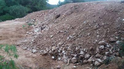 Medi Ambient denuncia otro vertedero ilegal en una zona protegida de Felanitx