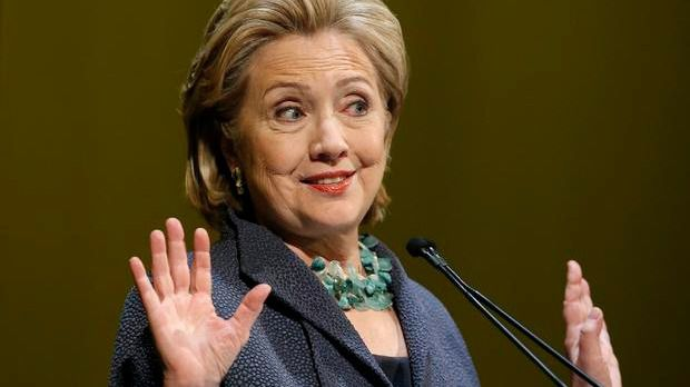 Una sustancia blanca obliga a evacuar la sede de la campaña de Clinton