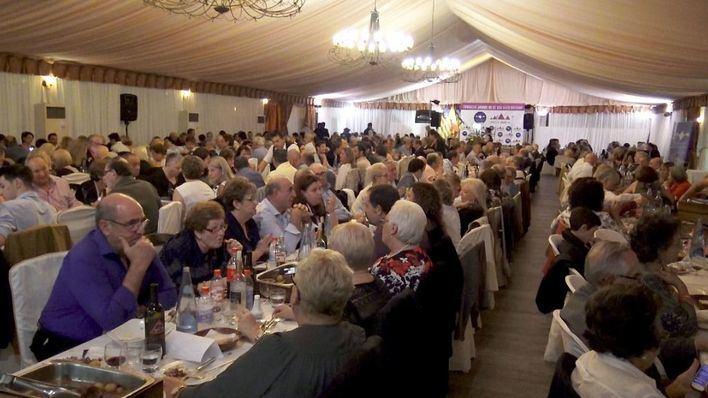 Centenares de personas arropan a la nueva Fundació Jaume III