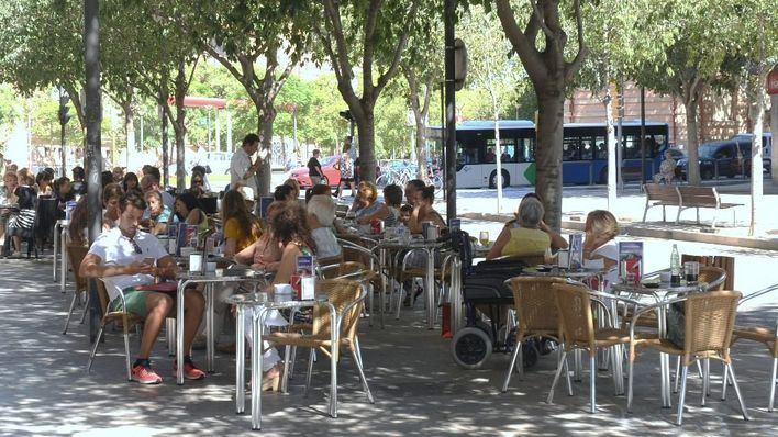 El sector servicios mejoró sus ventas un 7,5% en agosto en Balears