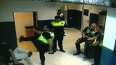 Cort expulsa de la Policía Local de Palma a los cuatro agentes que agredieron a un detenido