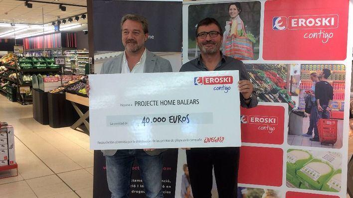Eroski entrega 40.000 euros a Projecte Home