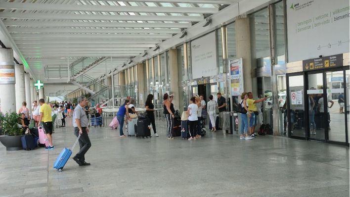 Las compañías aéreas programan un 5% más de plazas este invierno en Son Sant Joan