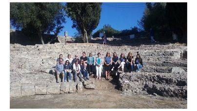 14 agentes visitan los tesoros culturales de les Illes
