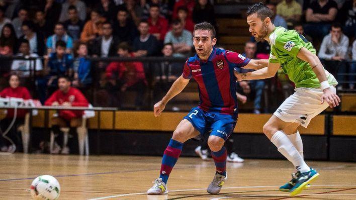 El Palma Futsal sigue líder sin conocer la derrota