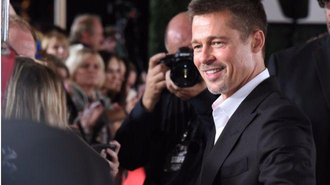 Brad Pitt reaparece más delgado y sonriente