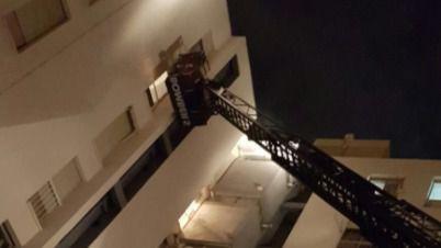 Tres personas heridas en el incendio de una vivienda en Palma