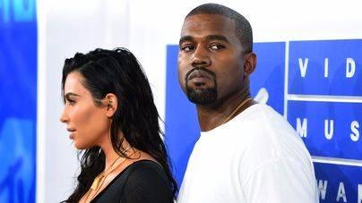 Kanye West, hospitalizado