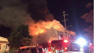 La Policía confirma 24 muertos en el incendio de Oakland