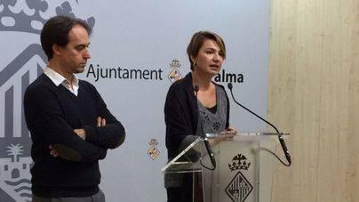 Marga Durán junto a Álvaro Gijón
