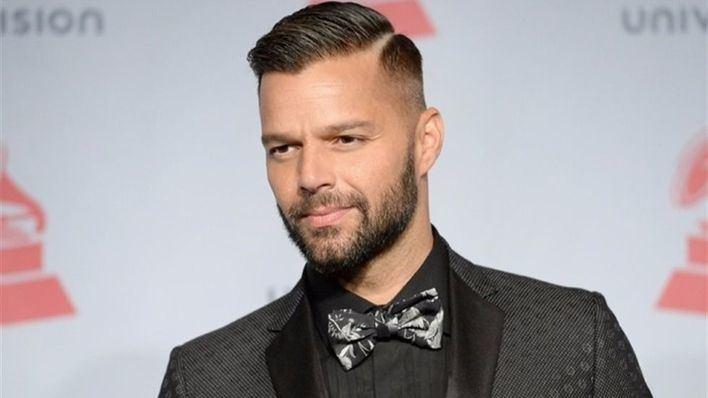 Una exnovia de Ricky Martin desvela la tragedia que vivió junto al cantante