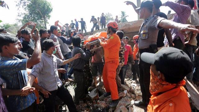 Un terremoto de magnitud 6,5 sacude Indonesia