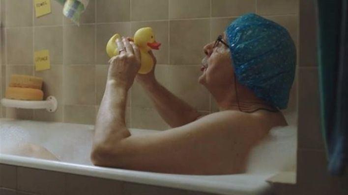 El conmovedor anuncio de un anciano polaco se convierte en viral