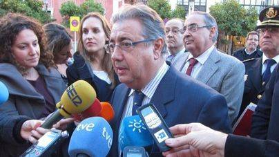 Detenidos los 200 inmigrantes que han saltado la valla de Ceuta