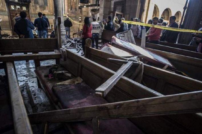 25 muertos en una explosión en una iglesia copta de El Cairo