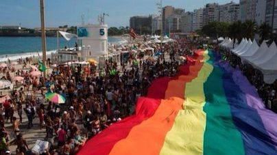 Miles de personas toman Rio en el Desfile del Orgullo Gay
