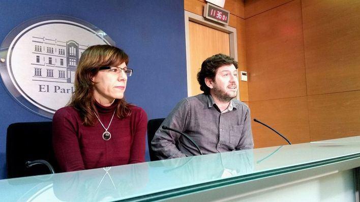Jarabo y Camargo evidencian su discrepancia sobre mantener o no la presidencia del Parlament