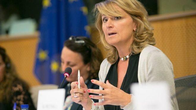 Estaràs insta a Europa a indemnizar a las víctimas de la talidomida