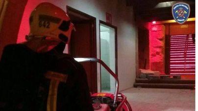 Unos 2000 evacuados en una fiesta por un incendio en Marratxí