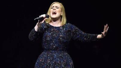 25, de Adele, repite como el disco más vendido