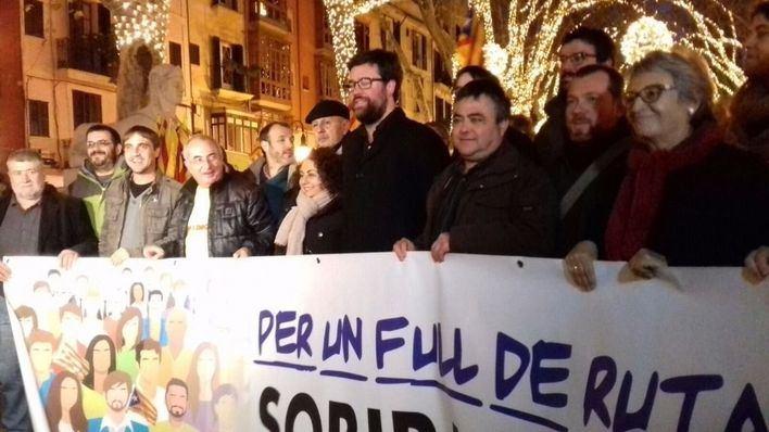 1.500 personas se manifiestan por la soberanía de Mallorca