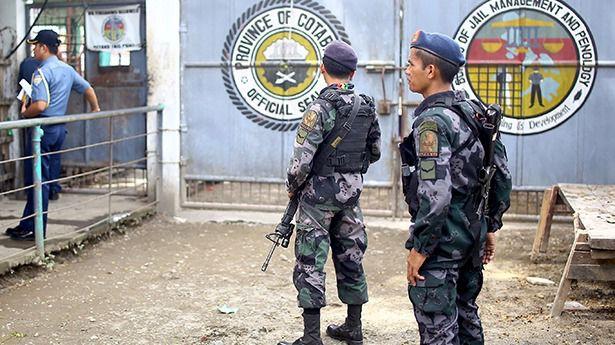 Hombres armados asaltan una cárcel en Filipinas y liberan a 130 presos