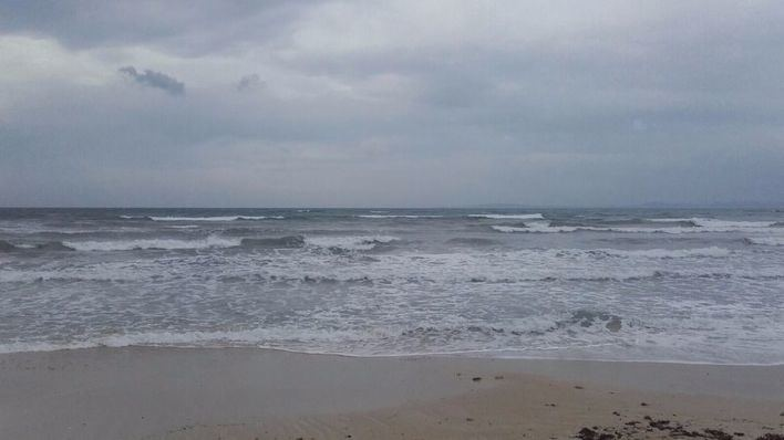 El norte de Mallorca está hoy en alerta por viento y olas de 5 metros