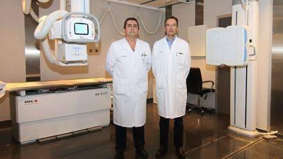 Joan Palmer, jefe del Servei de Radiologia, y Dino Comas, jefe del Servei d'Urgències