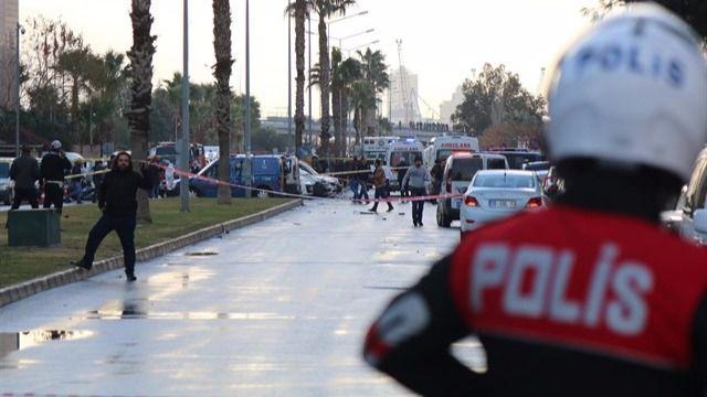 Dos muertos y dos terroristas abatidos en un nuevo atentado en Turquía