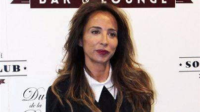 María Patiño, destrozada tras la muerte de su padre