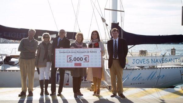 La Fundación Banco Santander dona 5.000 euros a Joves Navegants