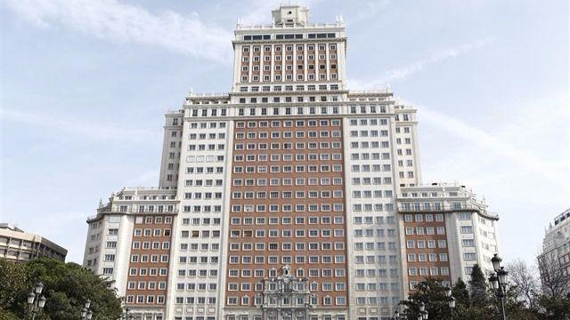 Resultado de imagen de RIU gestionará el hotel del Edificio España